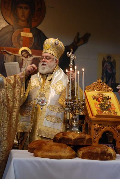 2012-11-04-Dome-Cross-Blessing-Sunday_270.JPG