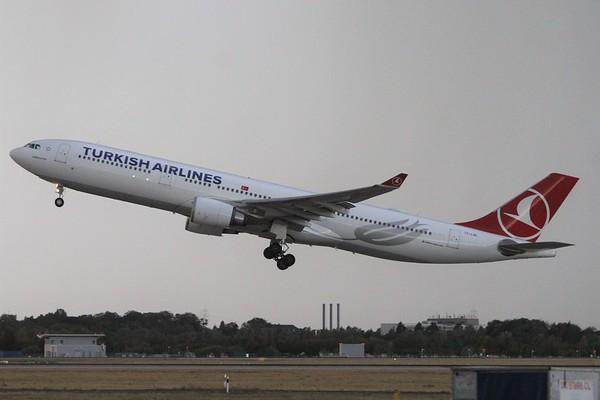 Turkish Airlines (TK)