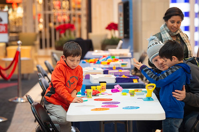 Soothing Santa @ Northlake Mall 12-8-19 by Jon Strayhorn