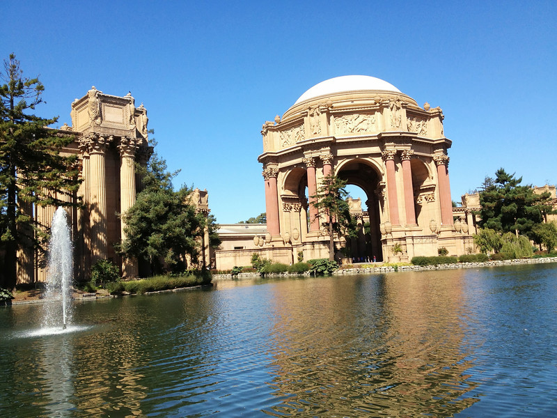 El Palace of Fine Arts