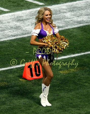 2013 MN Vikings Cheerleaders vs Houston Texans (Aug 9, 2013)
