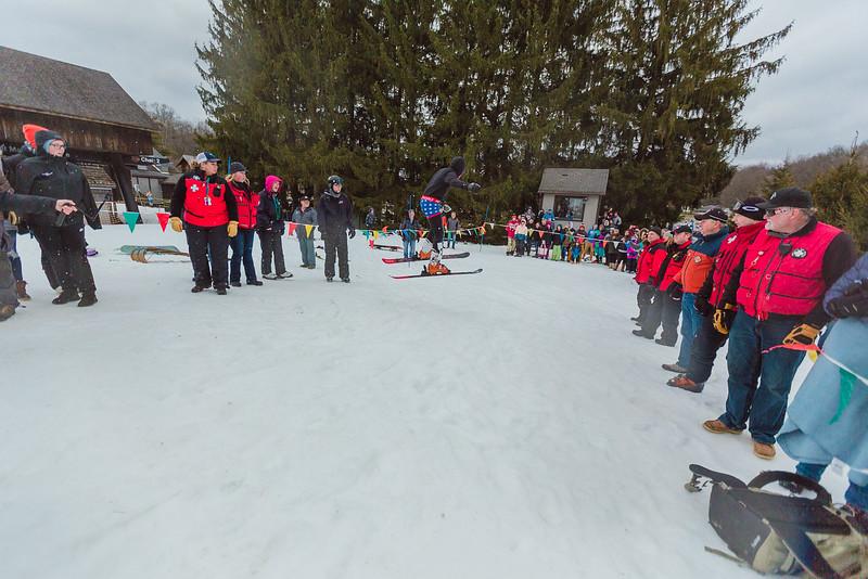 Carnival-Sunday_58th-2019_Snow-Trails_Jason-Joseph-9598.jpg