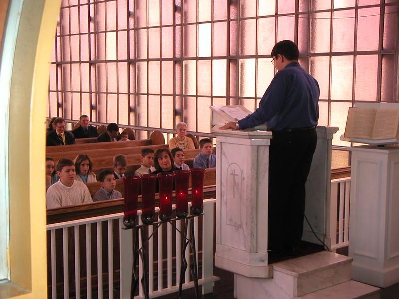2002-11-10-Youth-Sunday_004.jpg