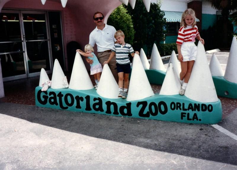 1989_May_Gatorland_Zoo_and_Sea_World_0009_a.jpg