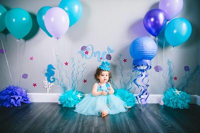 Mia's 1st Birthday Portraits