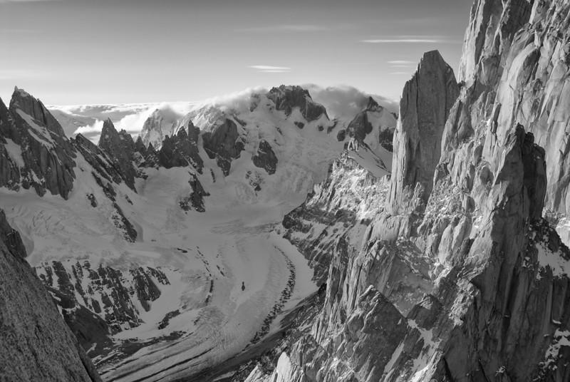 Cerrotorrevalley-BW.jpg