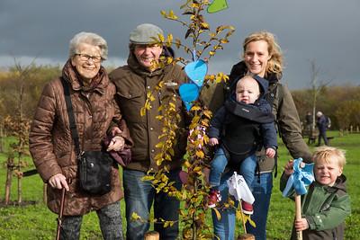 Boomfeestdag: Voor Mink een boom geplant