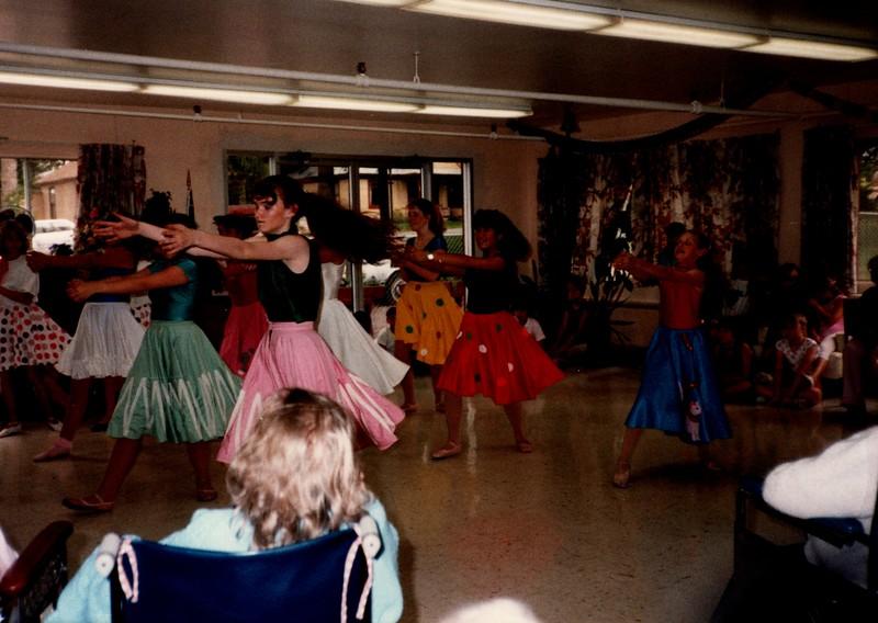Dance_0049_b.jpg