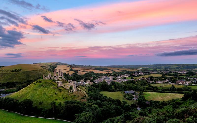 Corfe-Castle-sunset-Rectangular.jpg