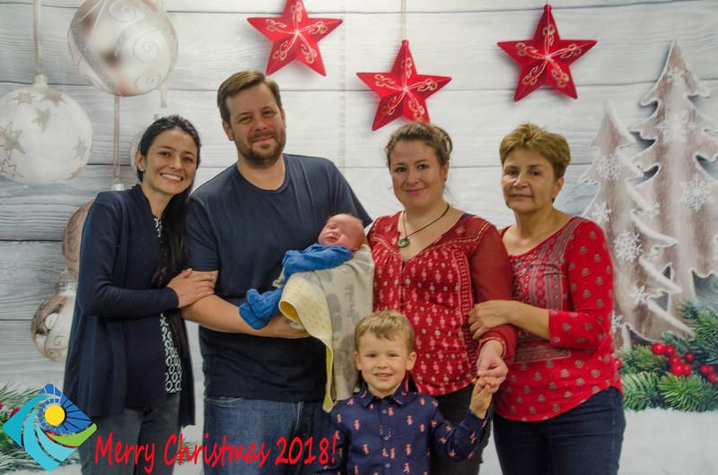 Christmas Photobooth 2018 Sunday-192.jpg