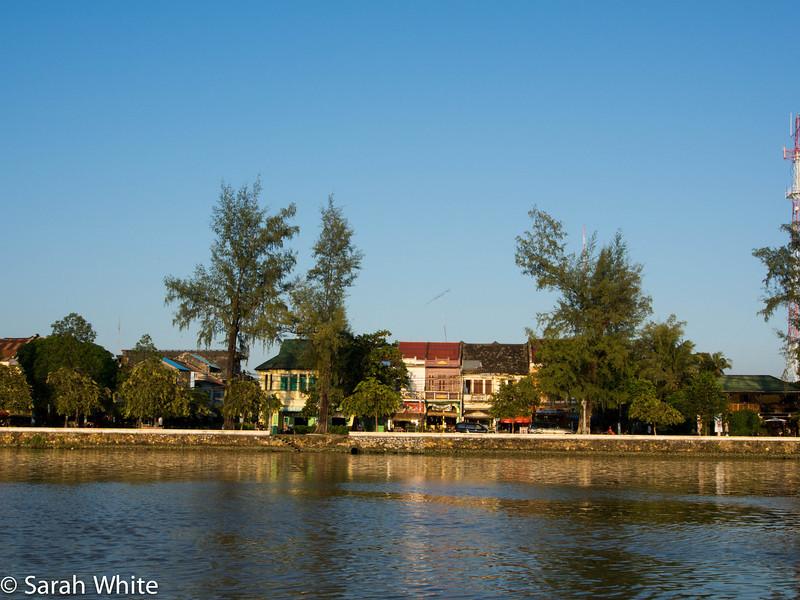 131102_Kampot_350.jpg