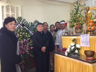 5 hình - Tang lễ Thân Phụ   Nguyễn Hùng