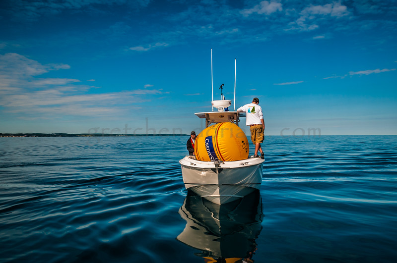 Windward Mark Boat
