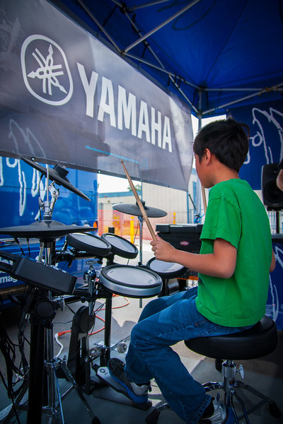 2014_04_22, Pomona, CA, Kingsley Elementary, Tents, Yamaha