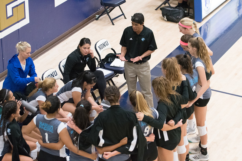 HPU Volleyball-92937.jpg