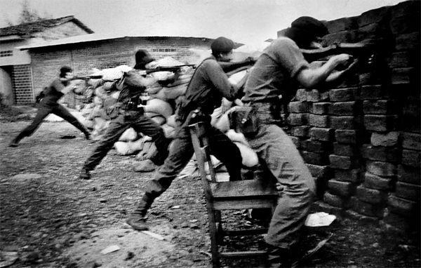 Barricaded Rebels,<br /> Against Government Assault.<br /> Sandinista War.<br /> <br /> Nicaragua