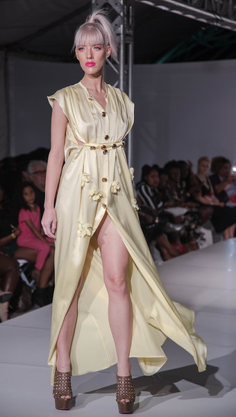 FLL Fashion wk day 1 (12 of 134).jpg
