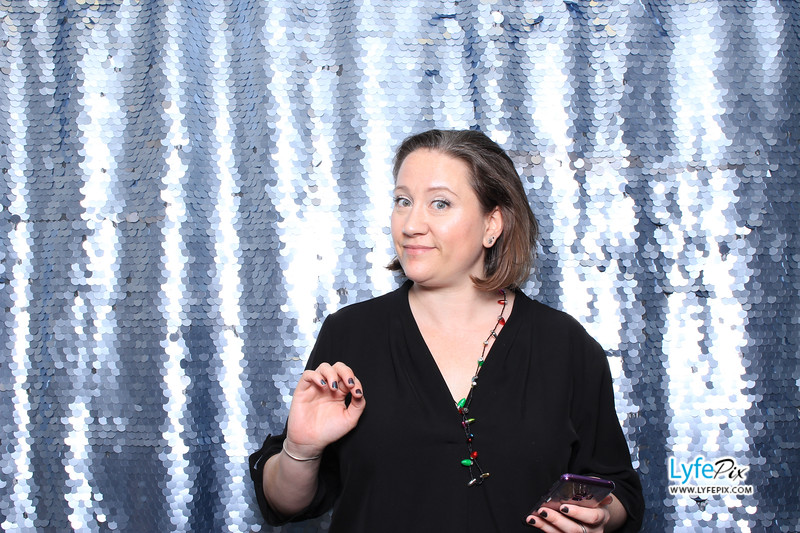 EDF-2019-Holiday-Party-DC-Photo-Booth-0025.jpg