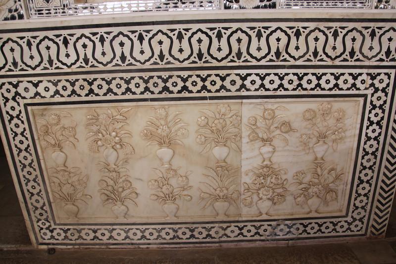 Sheesh Mahal detail