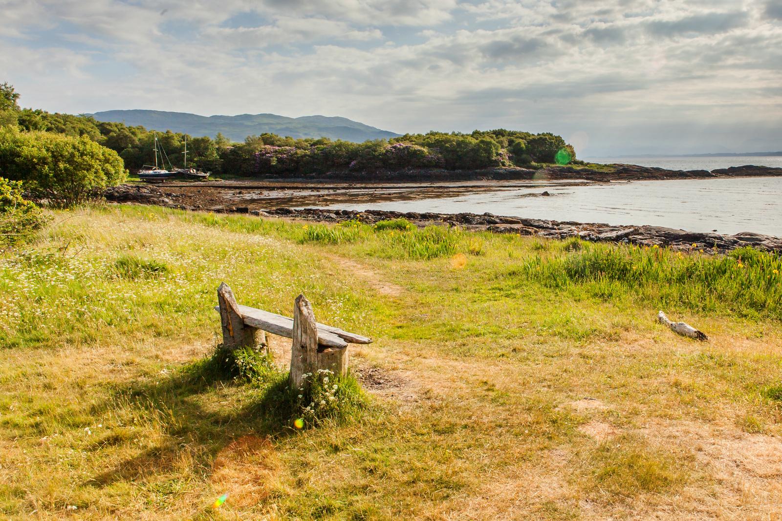 苏格兰马尔岛,木船木凳木房