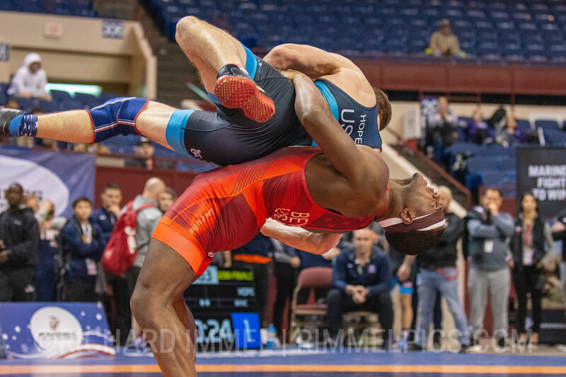 77 kg: Kamal Bey (Sunkist Kids Wrestling Club) tech. fall Corey Hope (New York Athletic Club), 14-1