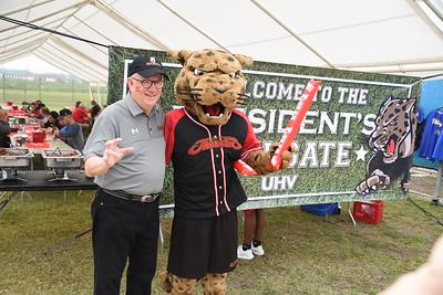 UHV Softball Tailgate 4-6-19