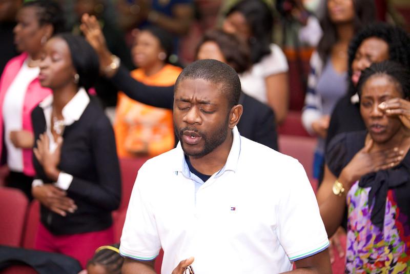 Revival Service  Rev George Adegboye 040.jpg