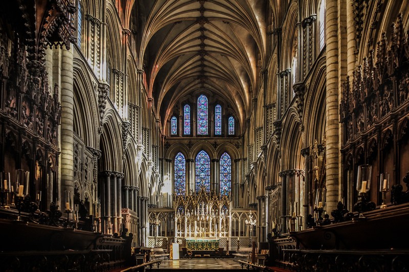 dan_and_sarah_francis_wedding_ely_cathedral_bensavellphotography (11 of 219).jpg
