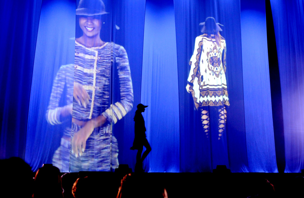 . A model wears Rachel Rachel Roy during the dress rehearsal for the annual Macy\'s Glamorama.  (Pioneer Press: Jean Pieri)