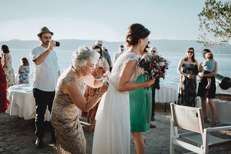 Tu-Nguyen-Wedding-Photography-Hochzeitsfotograf-Destination-Hydra-Island-Beach-Greece-Wedding-126.jpg