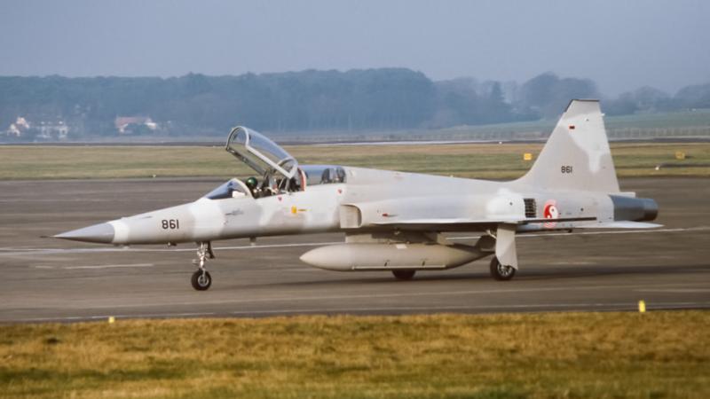 861.  Northrop F-5E Tiger II Singapore Air Force. Prestwick. 1980`s.