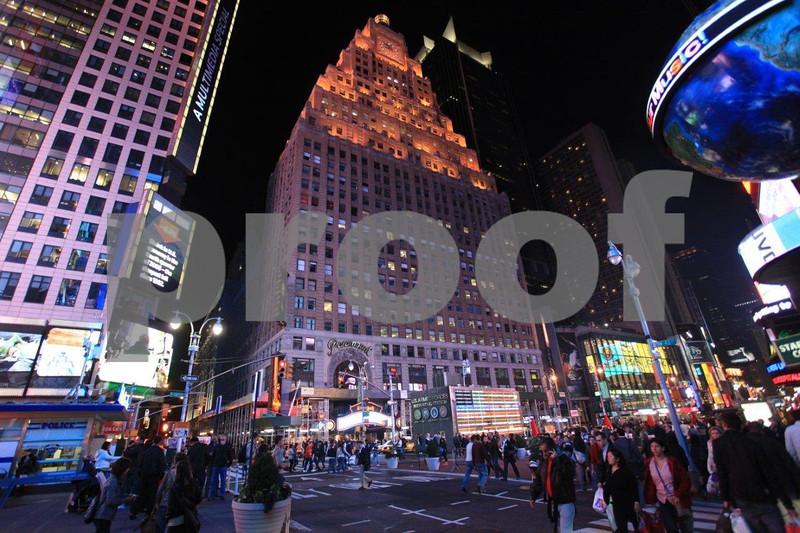 NYC Times Square 6543.jpg