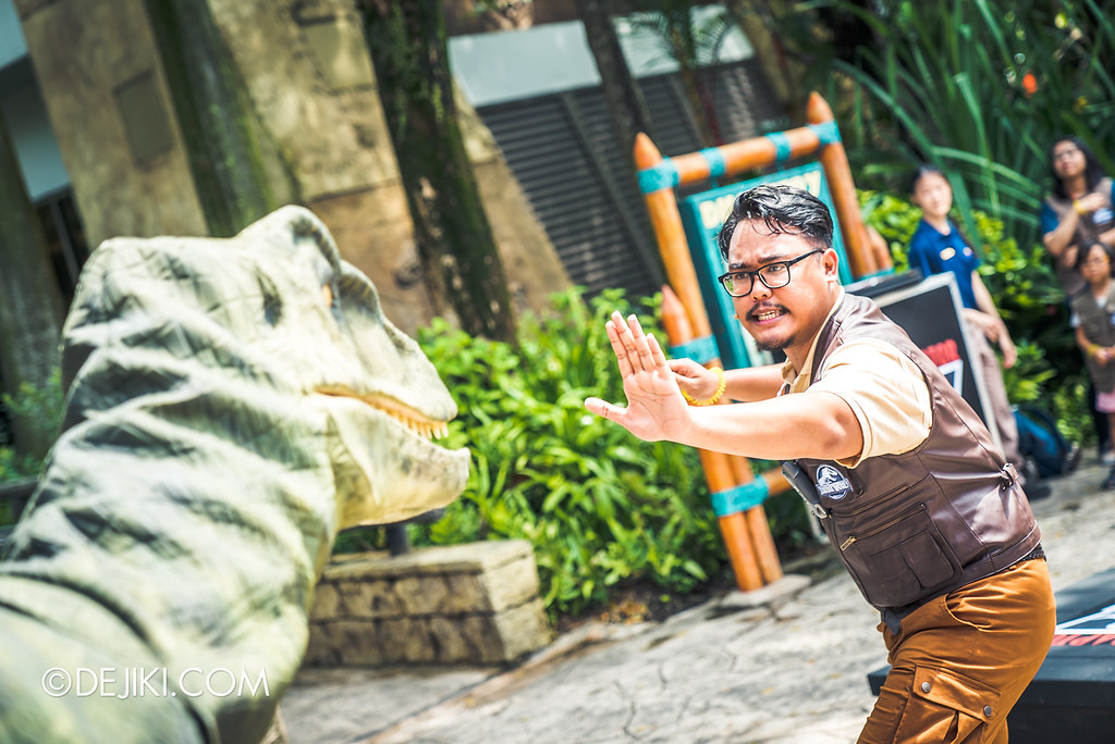 Universal Studios Singapore Park Update - Jurassic World Explore and Roar event - Jurassic World: Raptor Training School experience / Val the Raptor arrives