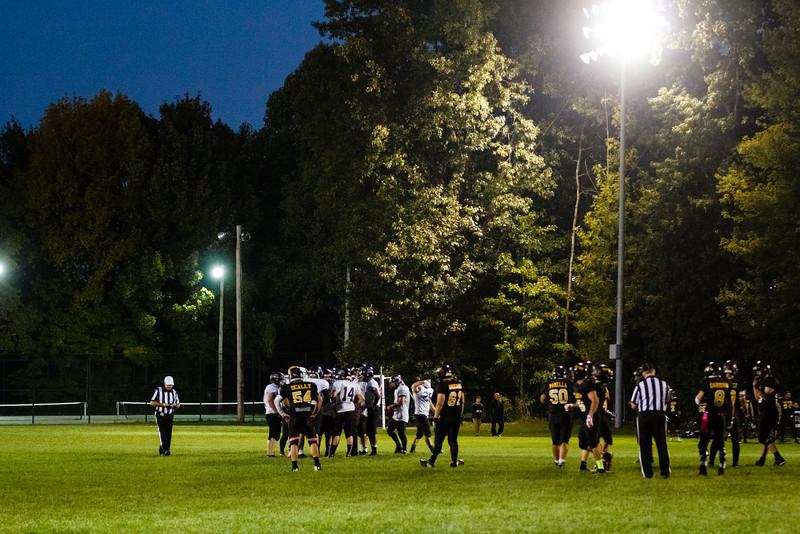 Alumni-Football-4.jpg