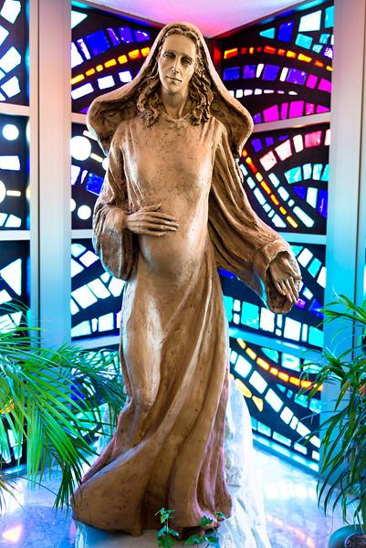 20121205 Mary Statue Phil Walenga full length.jpg
