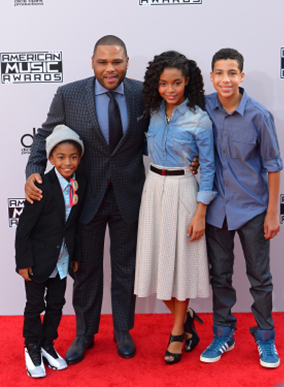 . Actors Miles Brown, Anthony Anderson, Yara Shahidi and Marcus Scribner arrives on the red carpet at the 2014 American Music Awards  at the Nokia Theatre in Los Angeles, California on Sunday November 23, 2014. (Photo by David Crane / Los Angeles Daily News)
