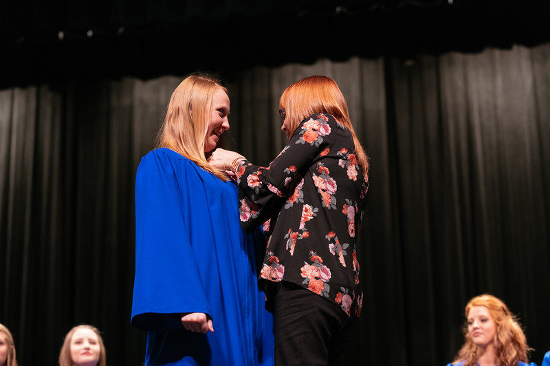 20190510_Nurse Pinning Ceremony-9864.jpg