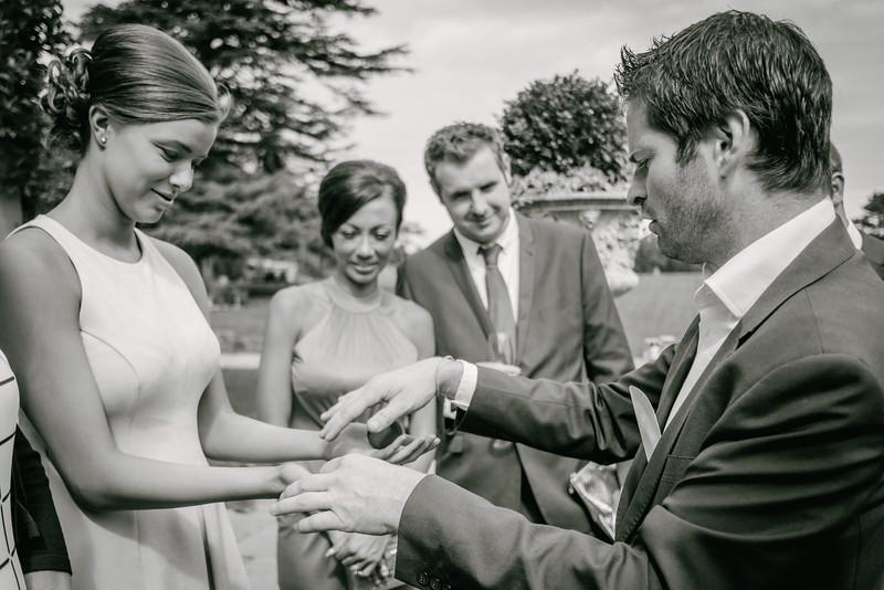 Cross Wedding-424.jpg