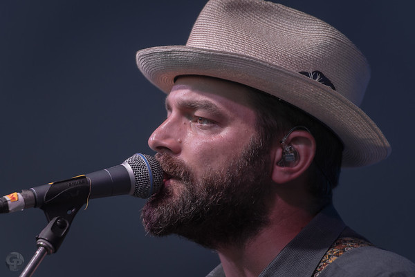 Drew Holcomb - Cheers
