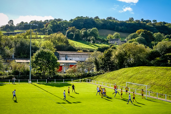 Brimscombe & Thrupp v Carterton - FA Vase - The Meadow, Brimscombe, Gloucs - 4/10/14 - Credit Paul Paxford/Pitchside Photo - pitchsidephotography@gmail.com - No Unauthorised Use