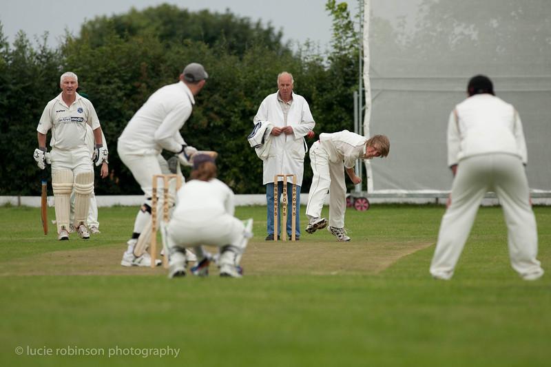 110820 - cricket - 018.jpg