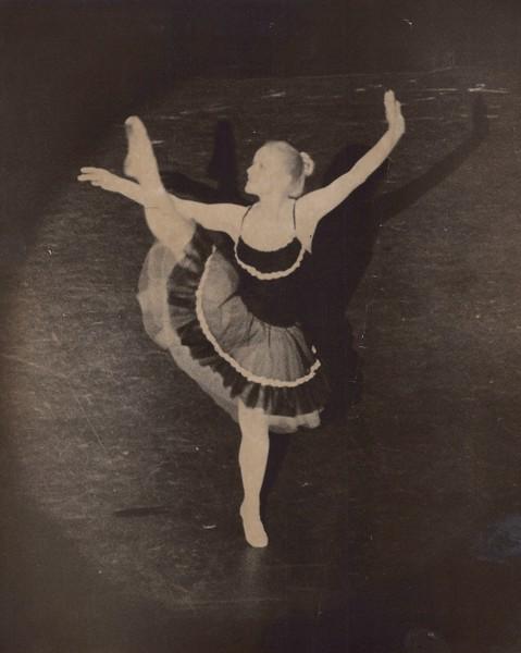Dance_0861.jpg