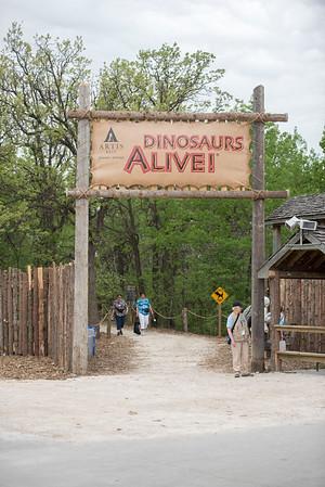 DAVID LIPNOWSKI / WINNIPEG FREE PRESS  Dinosaurs Alive! exhibit at the Assiniboine Park Zoo Sunday May 22, 2016.