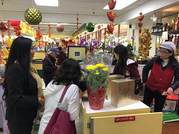 SF Supermarket San Diego : https://smugmug.com/upload/tPZ6pt/upload