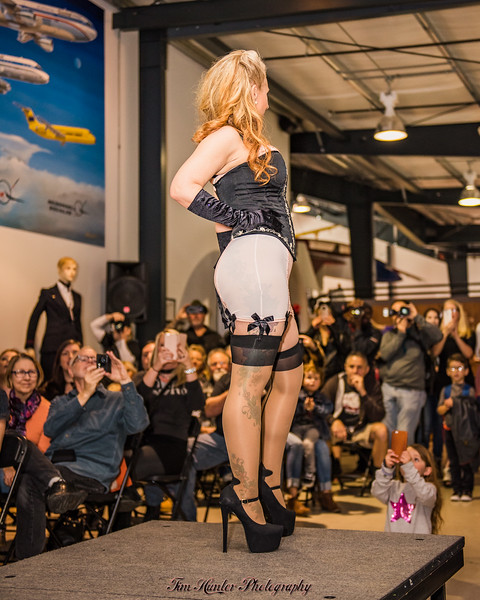 Pinups for American Heroes Fashion Show 2017