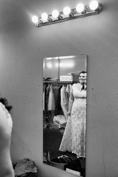 Bride&Bridesmaids_28.jpg