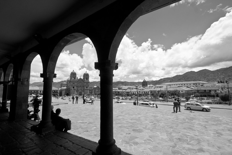 cusco plaza armas window bw