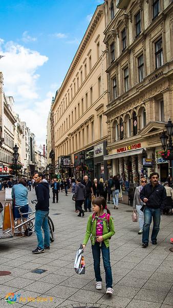 Budapest-07075.jpg