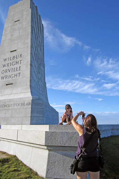 pictures of people taking pictures, Wright Brothers Memorial