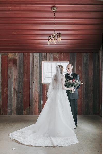 Logan_Sarah_Wedding_Rock_Ridge_Orchard_LLC_Edgar_Wisconsin_November_10_2018-69.jpg